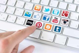 keyboard-with-social-media